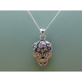 Sterling Silver Decorative Skull Pendant
