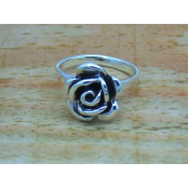 Sterling Silver Bulbous Rose Ring